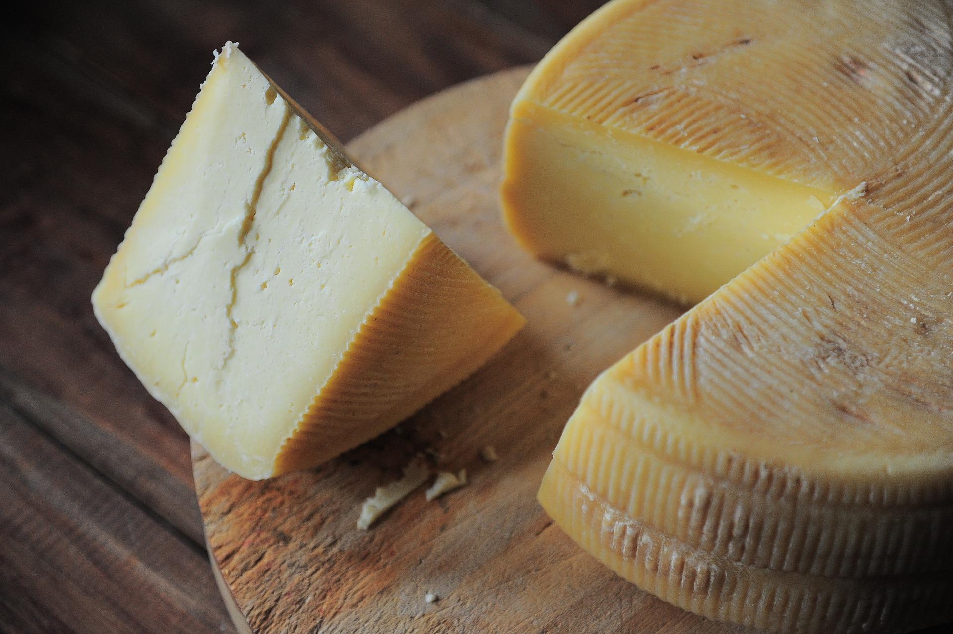 チーズ 糖質低い