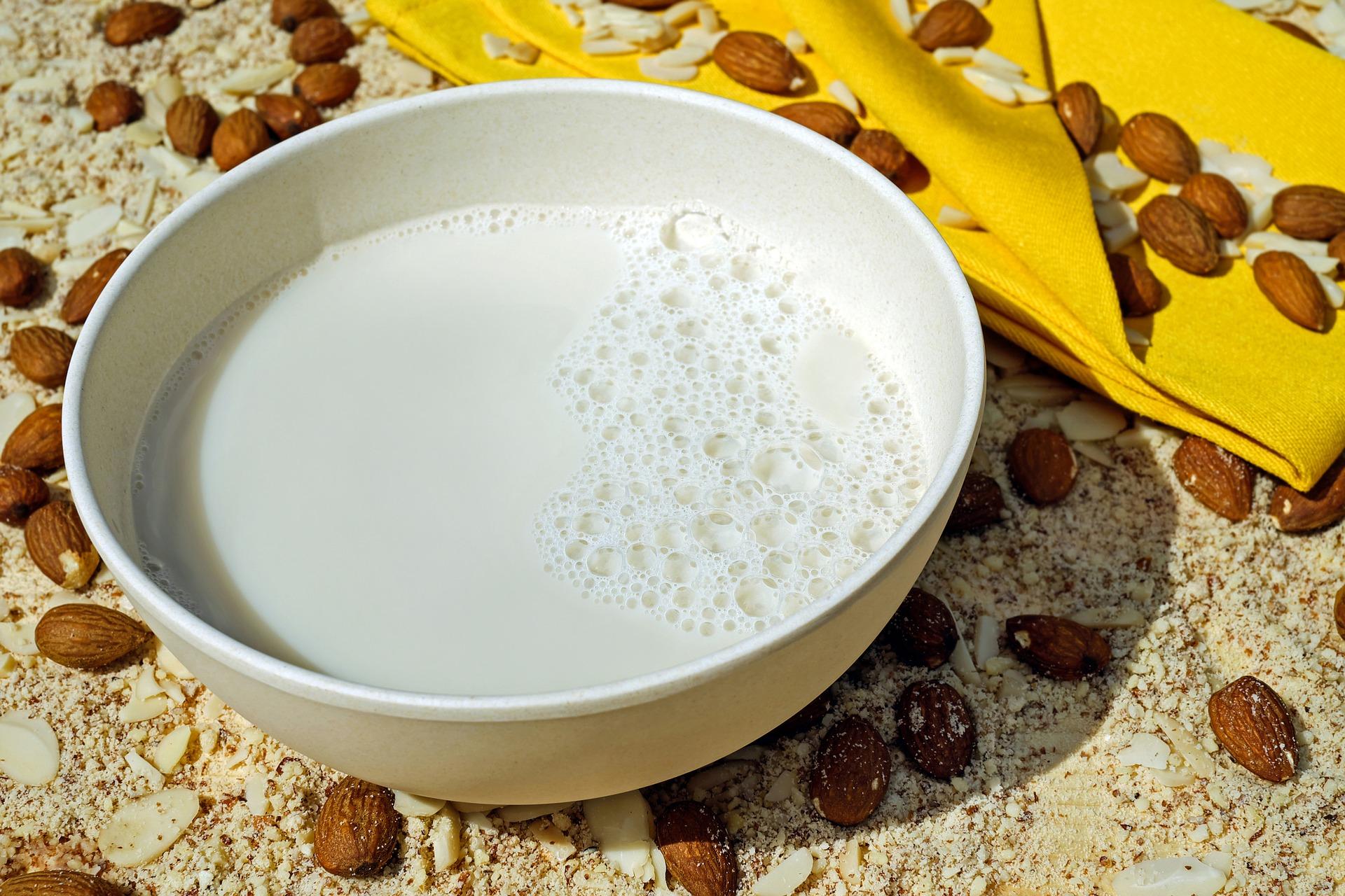 アーモンドミルク 過剰摂取 ビタミンE