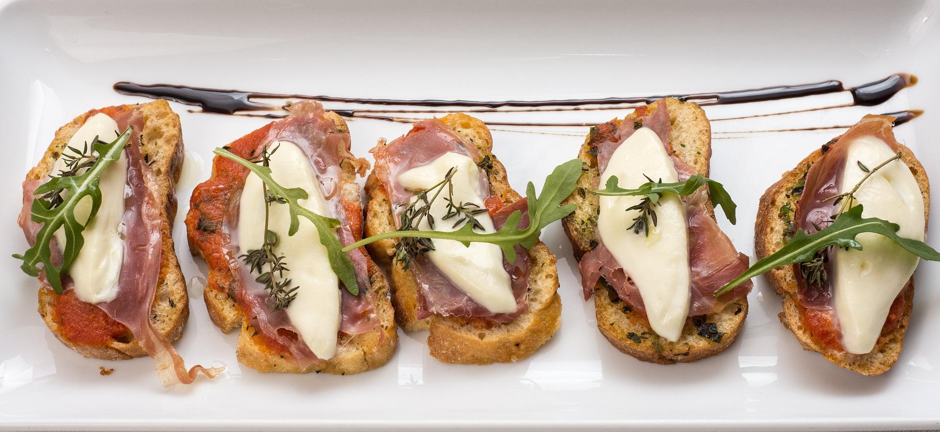 イタリア うま味 トマト チーズ 生ハム