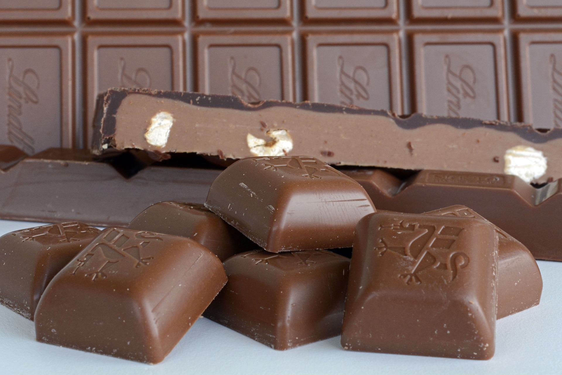 チョコ 砂糖 太る原因