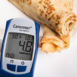 血糖値スパイクの原因と症状とは?急な食後の眠気は隠れ糖尿病のサインと言われる理由とは