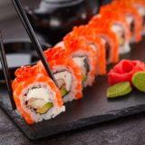 実はダイエット中にもおすすめ!カルフォルニアロールとは?気になるカロリーや日本の太巻きとの違いとは