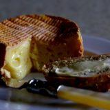 ナチュラルチーズとプロセスチーズの違いとは?ダイエット中におすすめのチーズの種類と食べ方